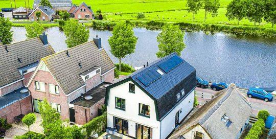 Nes aan de Amstel (Achterkant)